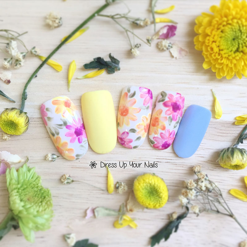 Spring Nail Flower Manicure 11