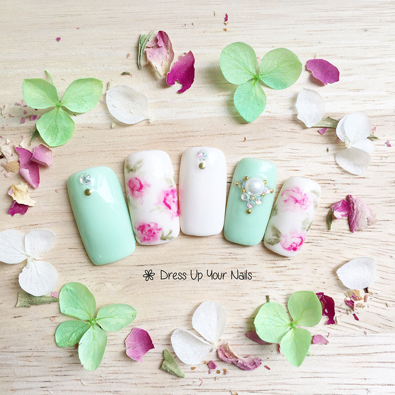 Spring Nail Flower Manicure 12