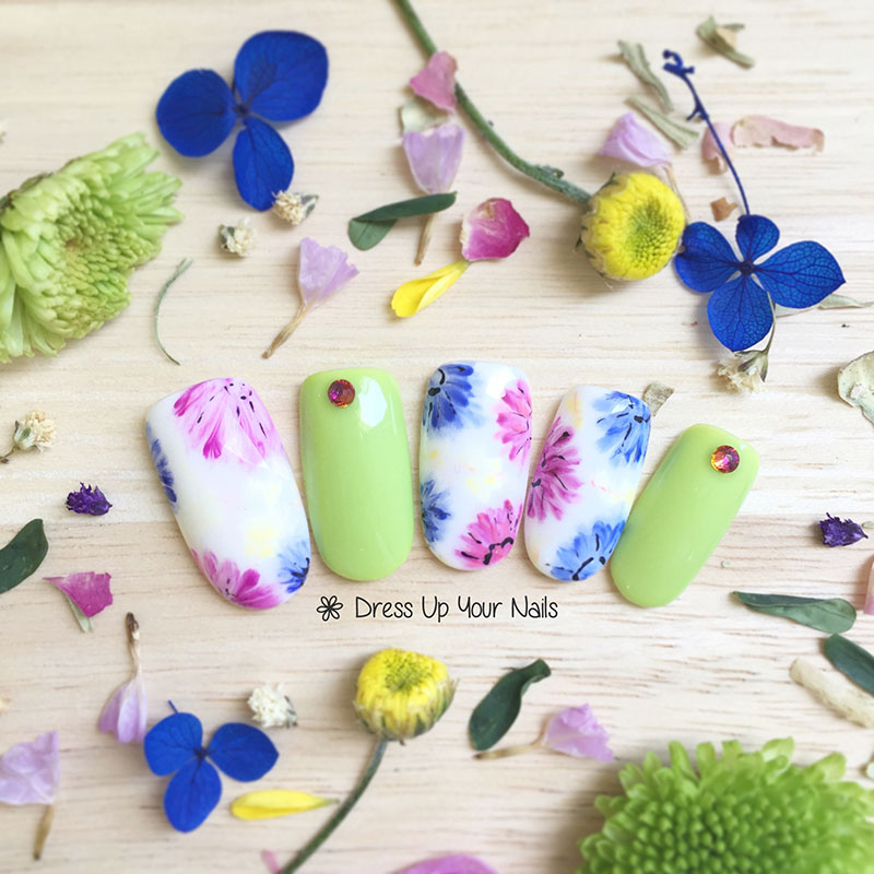 Spring Nail Flower Manicure 15