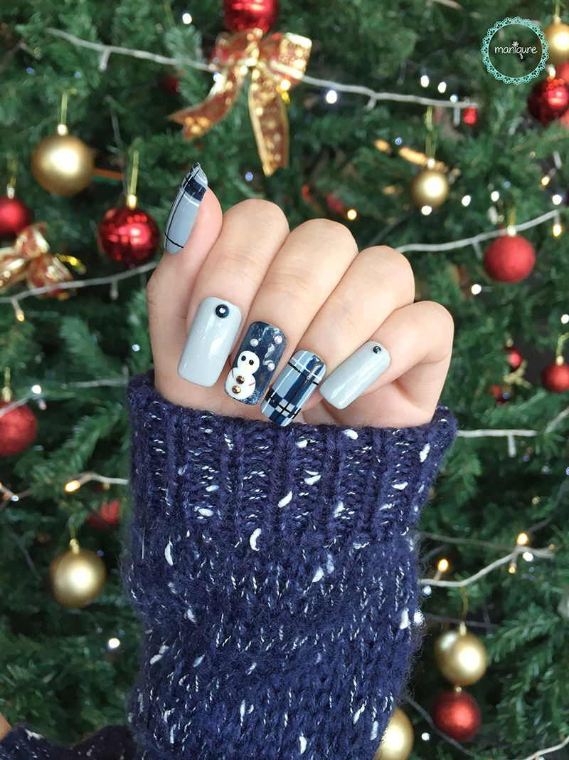 Little Snowman Nails