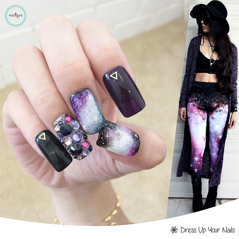 Galaxy Manicure Nail Art