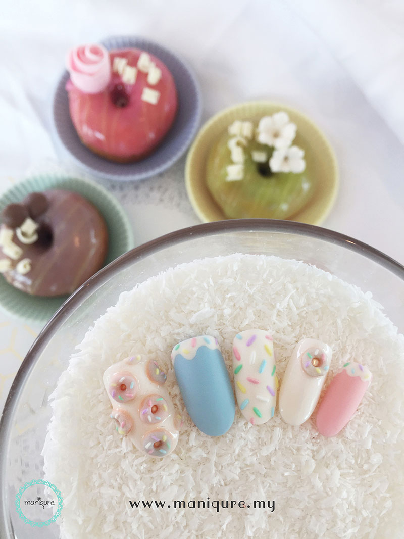Doughnut Pastel Nails
