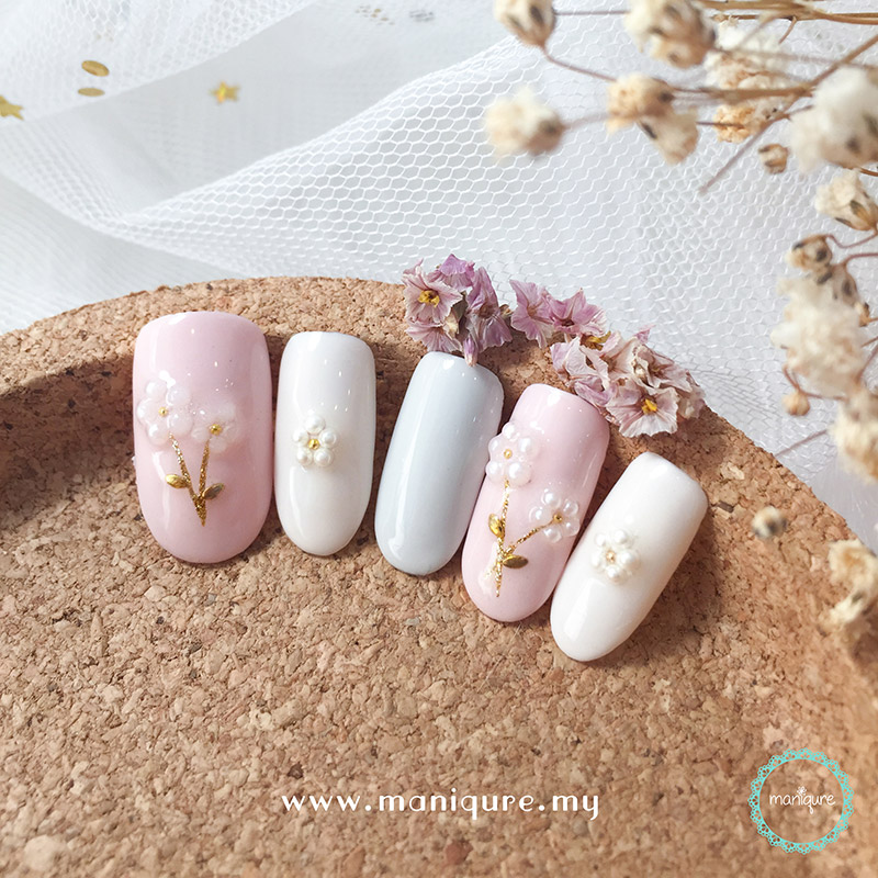 Soft Colour Flower Nails
